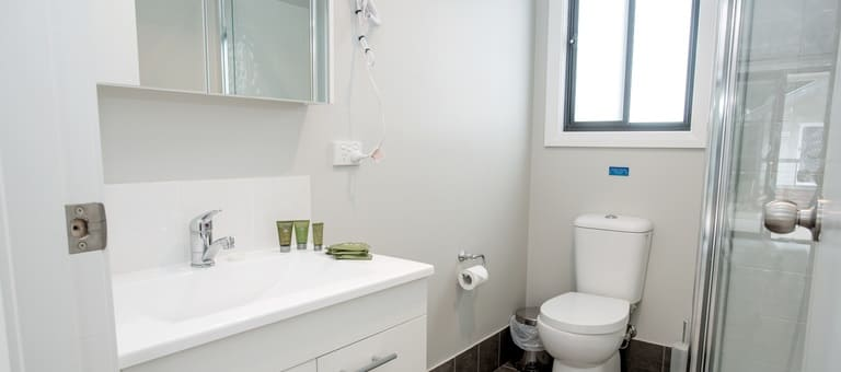 matilda-lg-bathroom